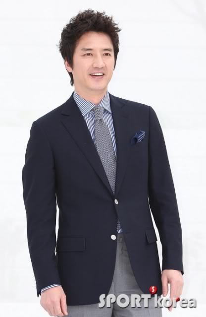 La Boda de Jang Dong Gun y Ko So Young 2010050217450070382_174341_0