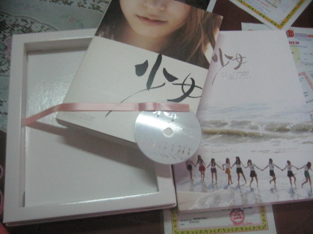 [Hot-Order] SNSD - First Photobook In Tokyo (Photobook + DVD) IMG_4935