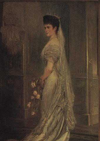 Retratos e imágenes de la emperatriz Elisabeth - Página 2 Whitedress