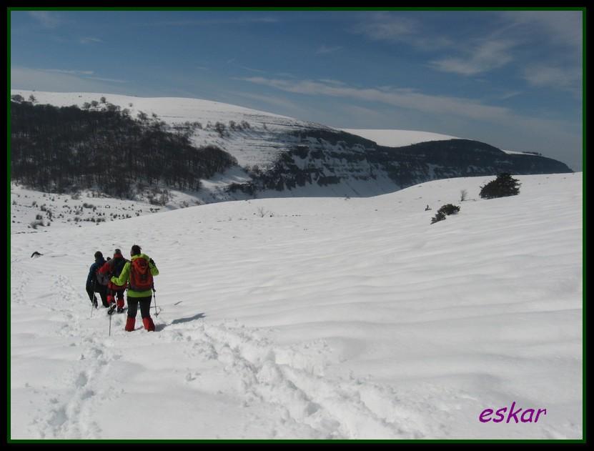 PICO ARO 1127 MTS DESDE AÑES P37