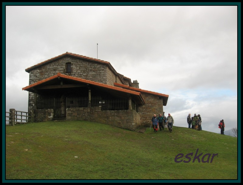 TERREROS 909 mts Y KOLITZA 879 mts (ermita de san sebastian Terreros70