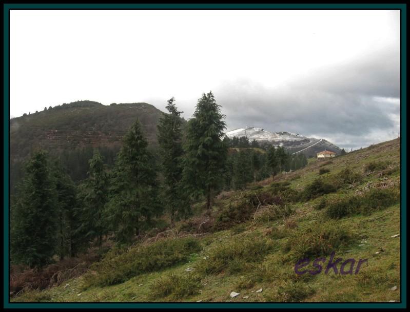 TERREROS 909 mts Y KOLITZA 879 mts (ermita de san sebastian Terreros86