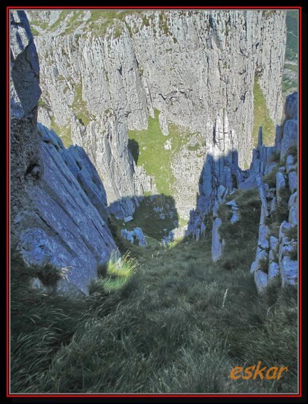 EL COLADERO DE LOS CAMPANARIOS 1325 MTS ( ALTOS DE ASON) Elcoladero51