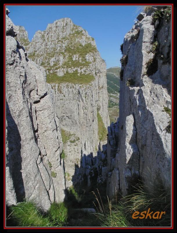 EL COLADERO DE LOS CAMPANARIOS 1325 MTS ( ALTOS DE ASON) Elcoladero55