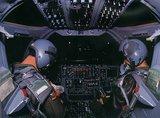 B-1 Lancer Th_B-1cockpitnight