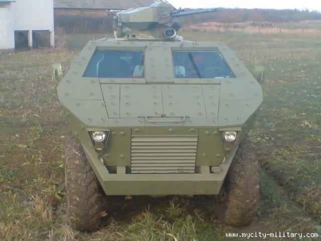 Visenamensko oklopno vozilo Lazar 112015_410218507_DSC00262