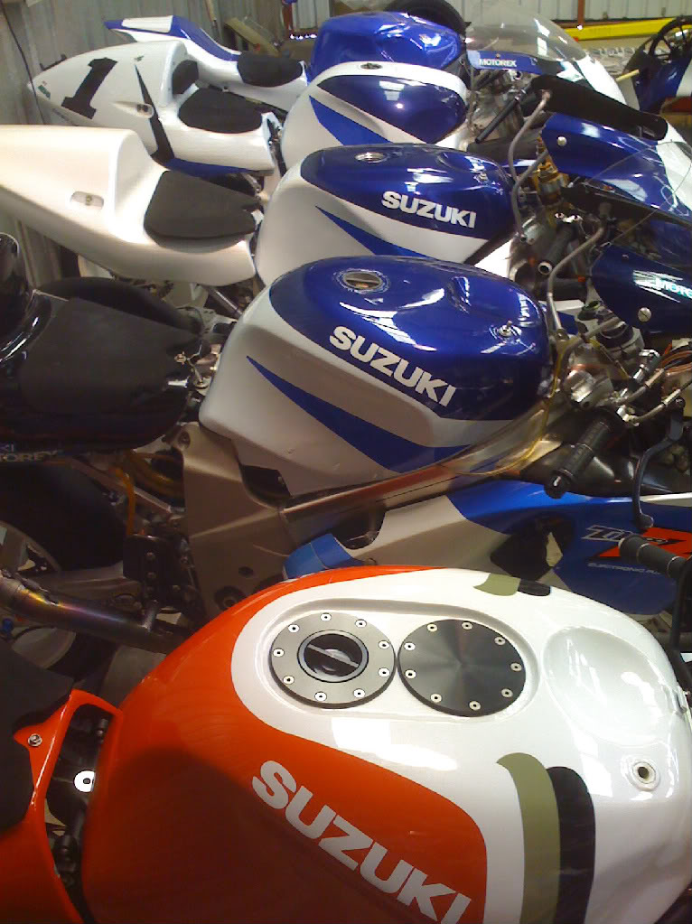 Tu aimes les R Suzuki ? SBK001