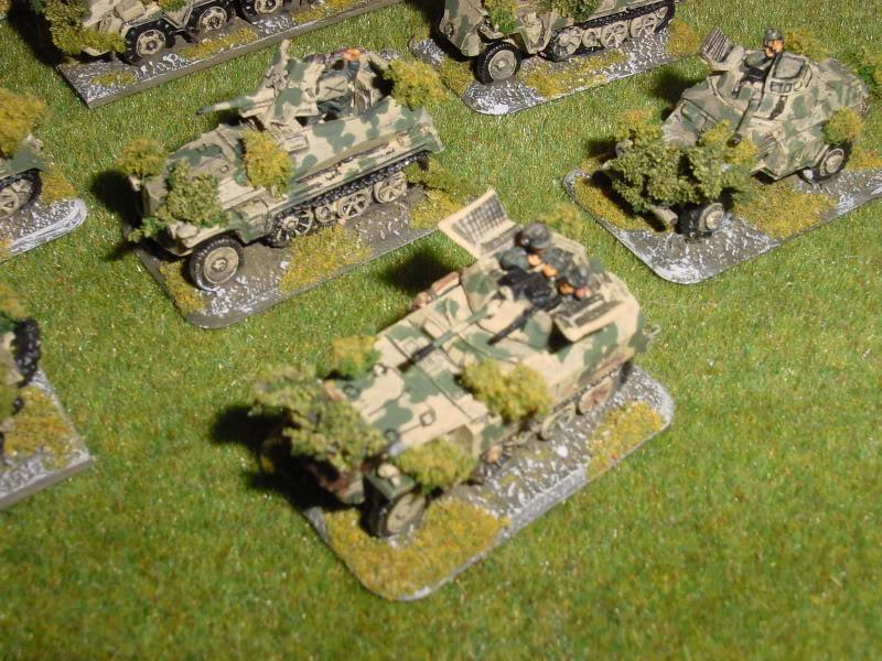 BLindés légers allemands 15mm DSC00043-9