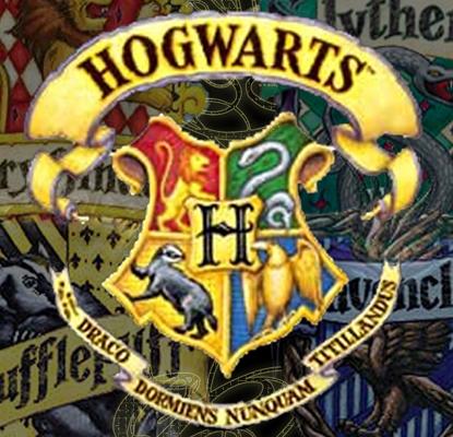 Harry Potter - Page 5 Hogwarts-Crest