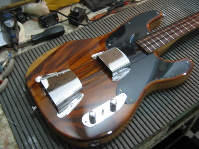 Precision Bass 51 - Finalizado. - Página 2 IMG_2408_zps80e7c2dc