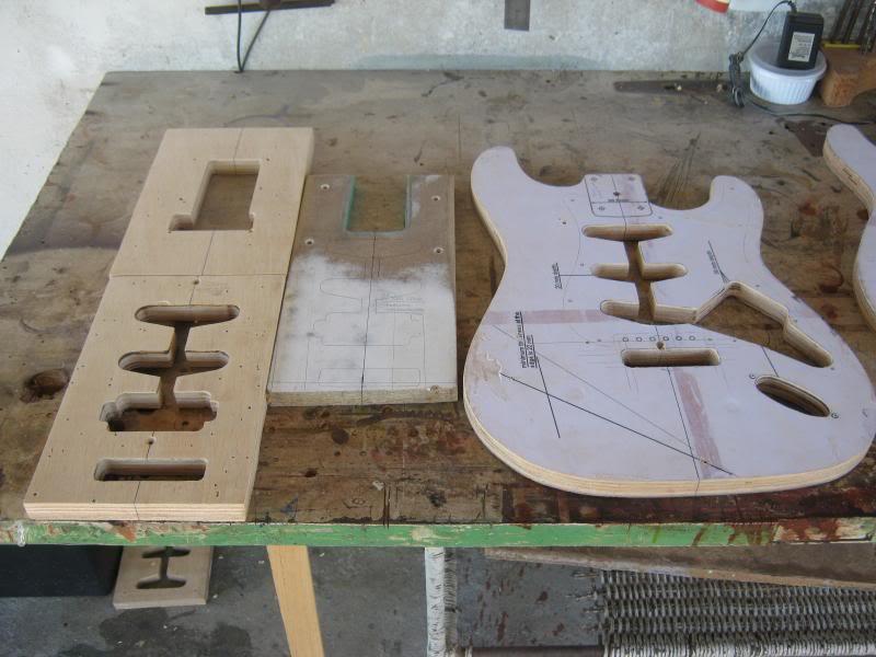 Stratocaster Custom, nada a ver com o grupo, mas... :-P IMG_2251_zpscec102b1