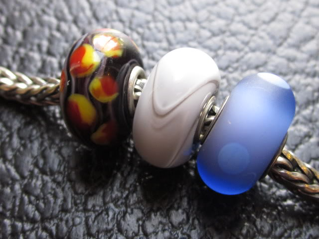 My new trio of Trollbeads IMG_0936