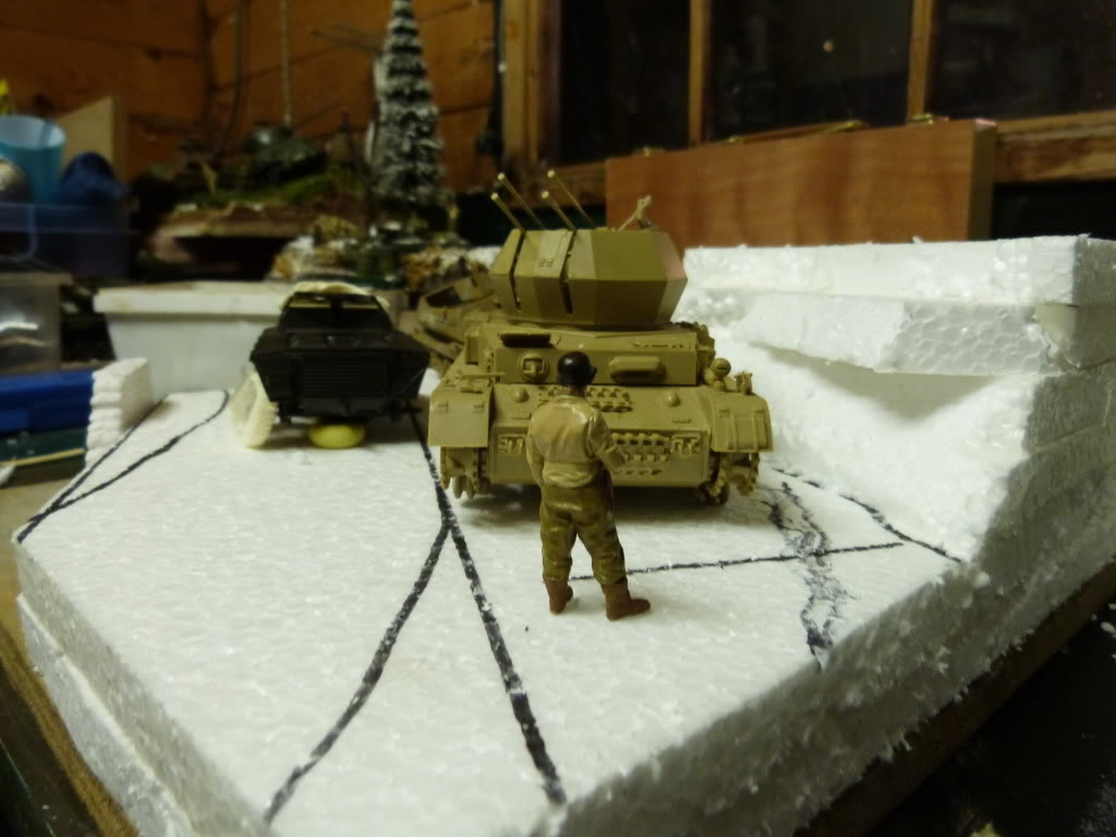 flakpanzer wirbelwind /sdkfz 251 / m20 + diorama ardennes P1000403