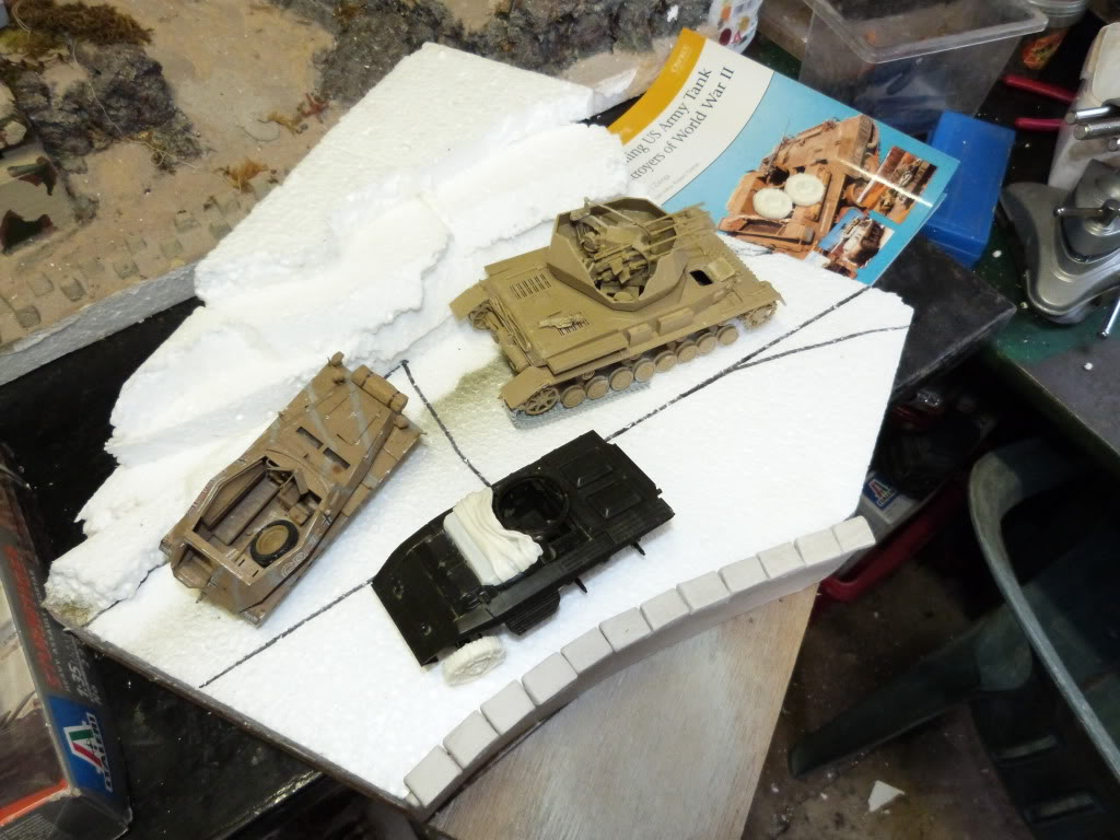 flakpanzer wirbelwind /sdkfz 251 / m20 + diorama ardennes P1000464