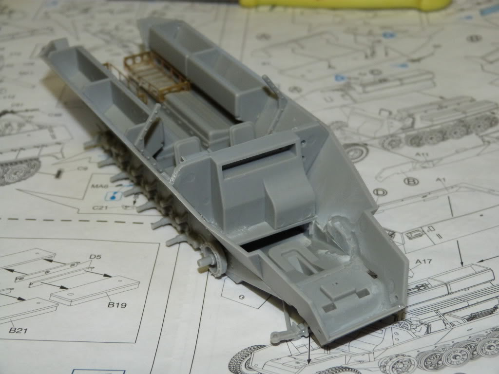 flakpanzer wirbelwind /sdkfz 251 / m20 + diorama ardennes P1000498