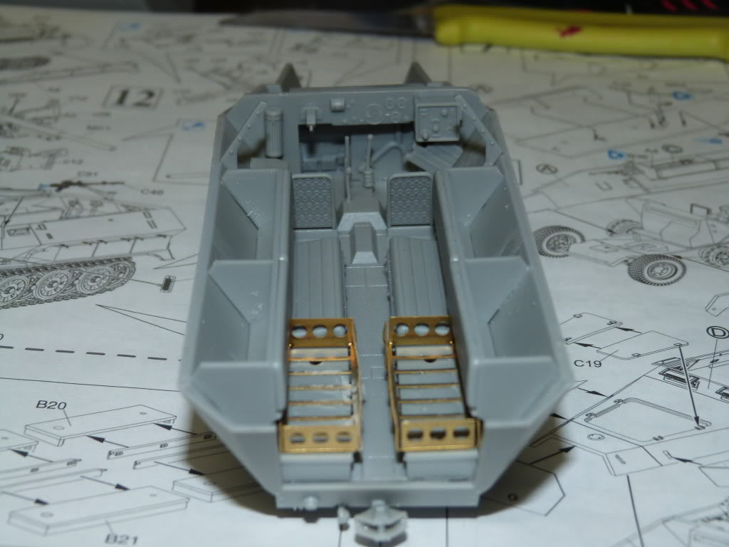 flakpanzer wirbelwind /sdkfz 251 / m20 + diorama ardennes P1000499