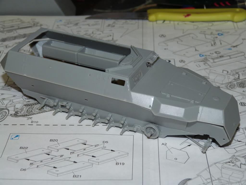 flakpanzer wirbelwind /sdkfz 251 / m20 + diorama ardennes P1000501