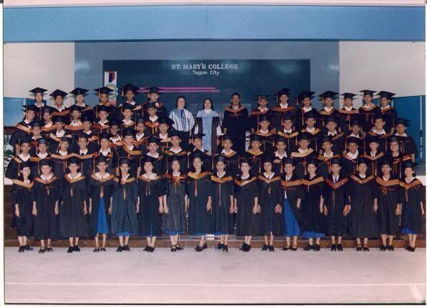 2005 graduation 1_821449994l