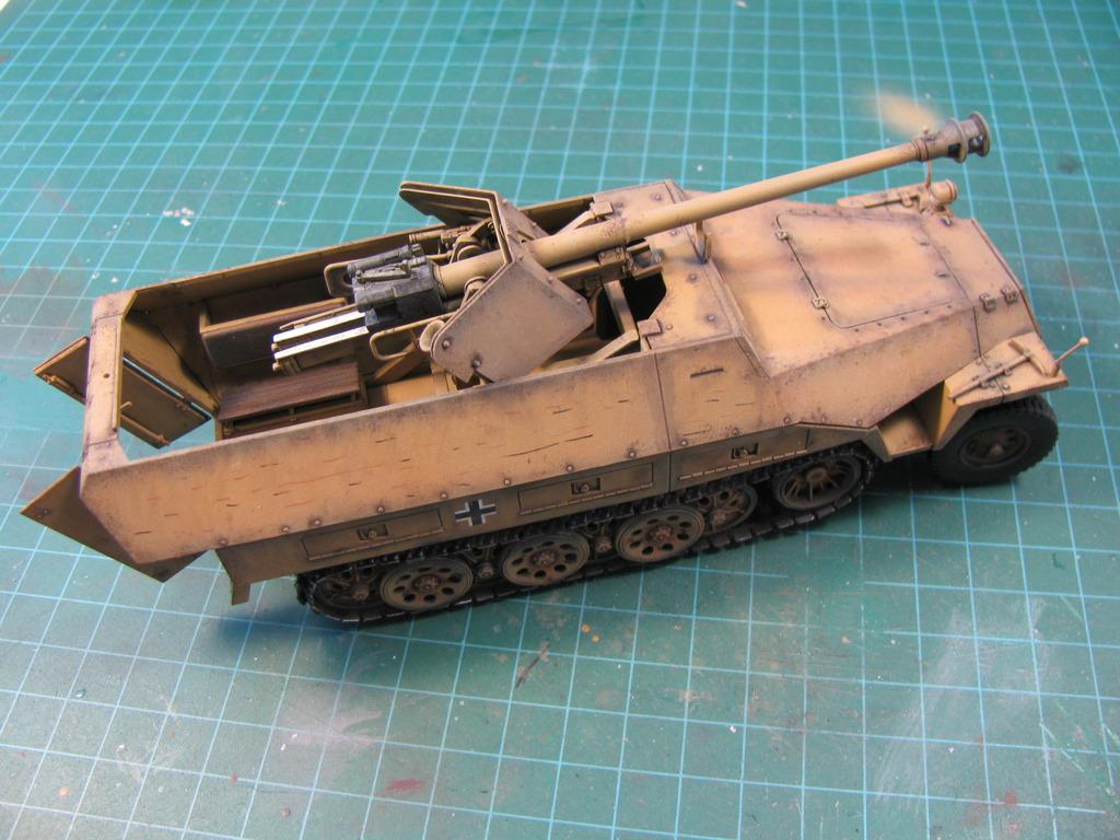 Sd.Kfz 251/22 Ausf. D IMG_04111