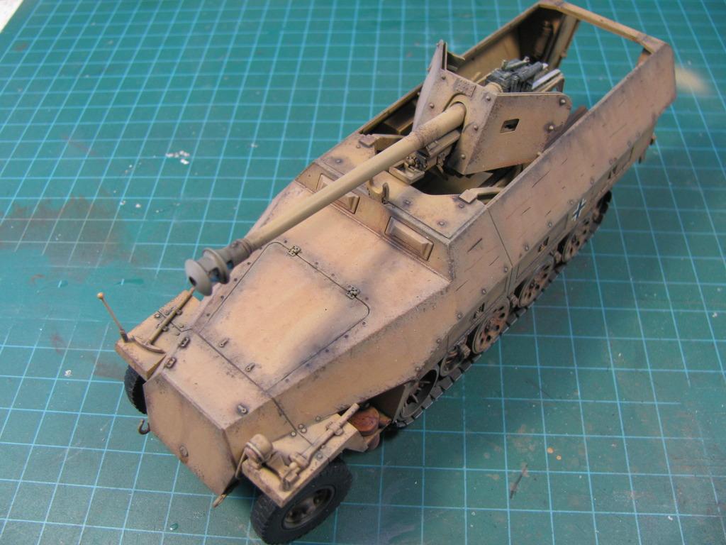 Sd.Kfz 251/22 Ausf. D IMG_04131