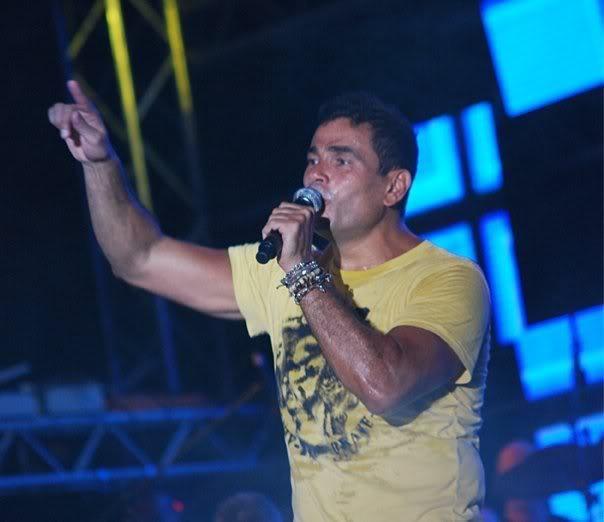 عمرو دياب - 9 أغاني من حفل مارينا 2009 6460_1198420807576_1440199637_30557