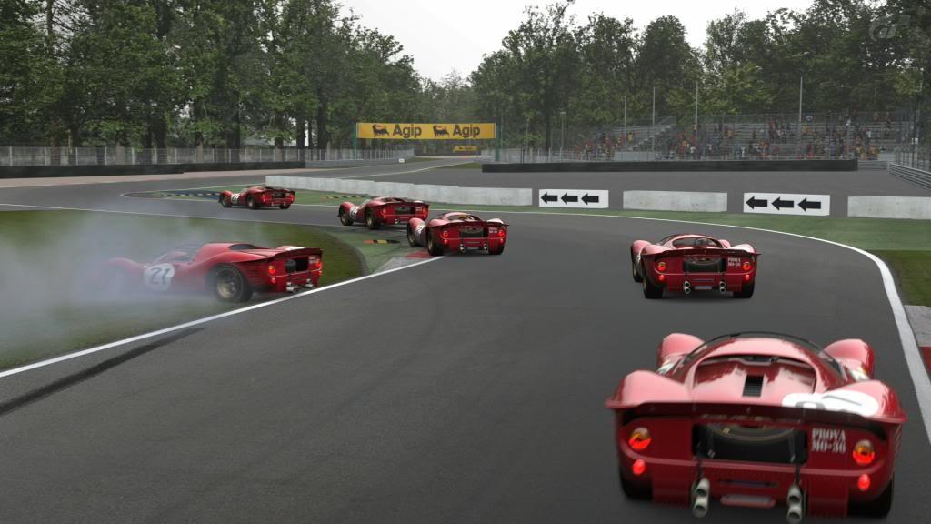 15 Monza - Ferrari 330 P4 AutodromoNazionalediMonza_2-1_zps97c1c8b1