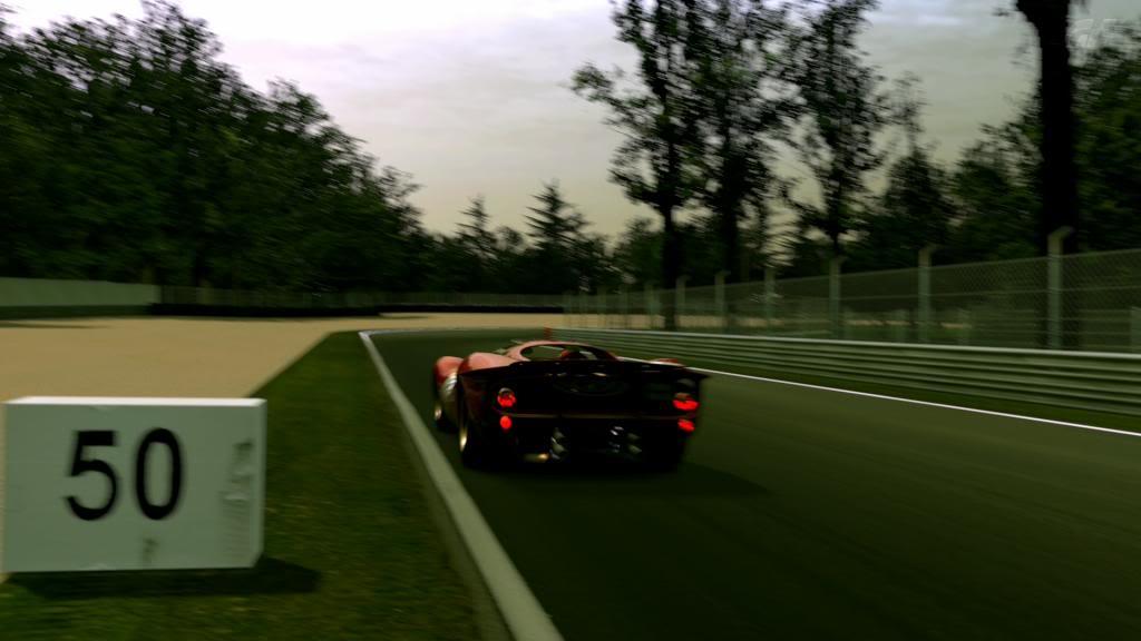 15 Monza - Ferrari 330 P4 AutodromoNazionalediMonza_6_zps4a8efe5f