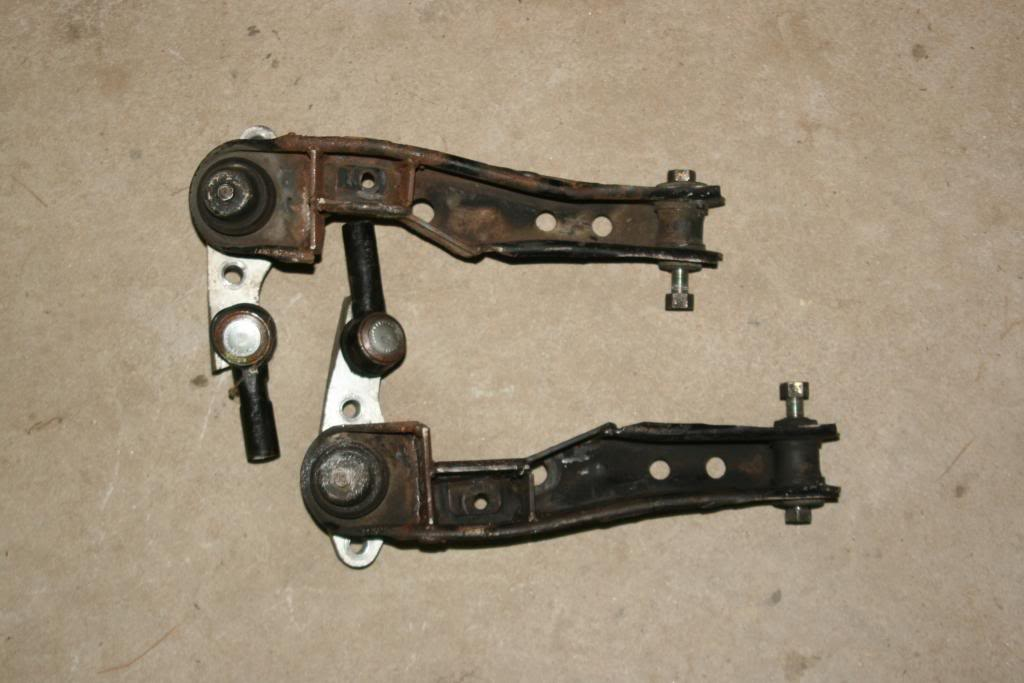 X7: RCA's, shorter steering arms, notched controle arms. Central NC. $175 IMG_5505_zps51d443b4
