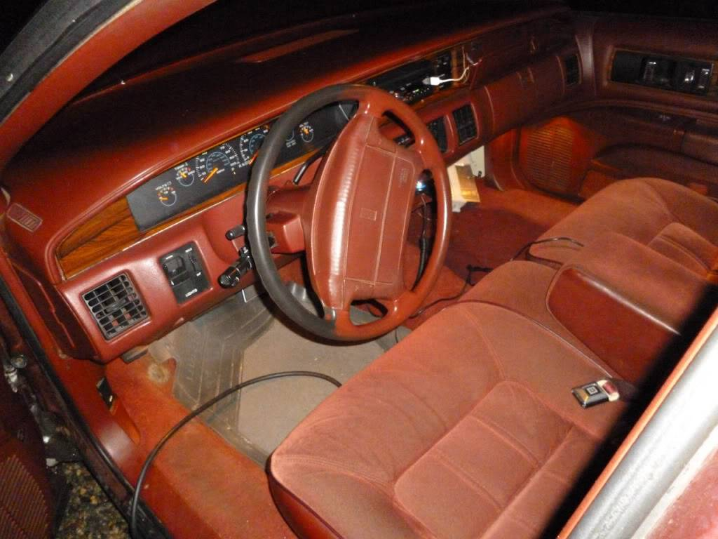 1991 Olds Custom Cruiser P1000174