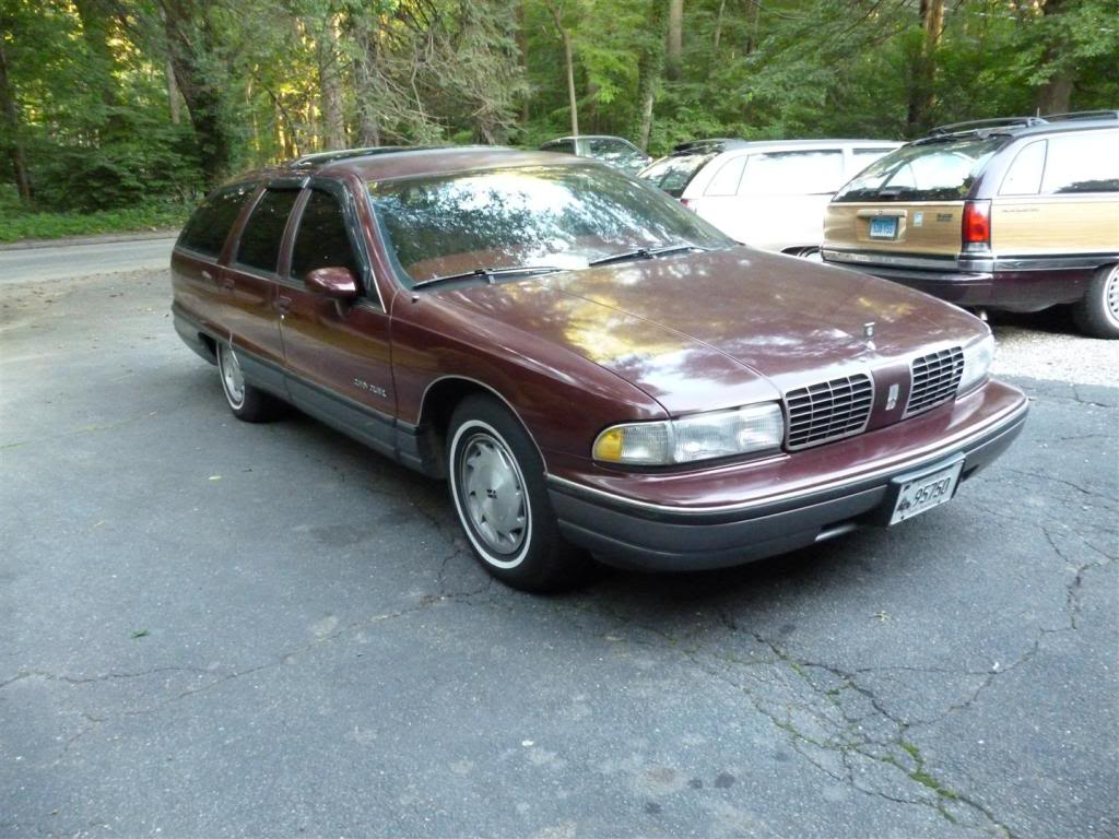 1991 Olds Custom Cruiser Angle1