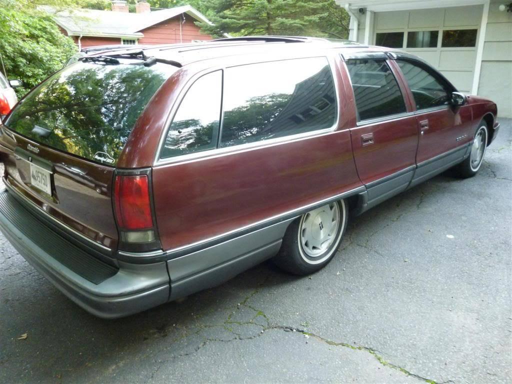 1991 Olds Custom Cruiser Angle3