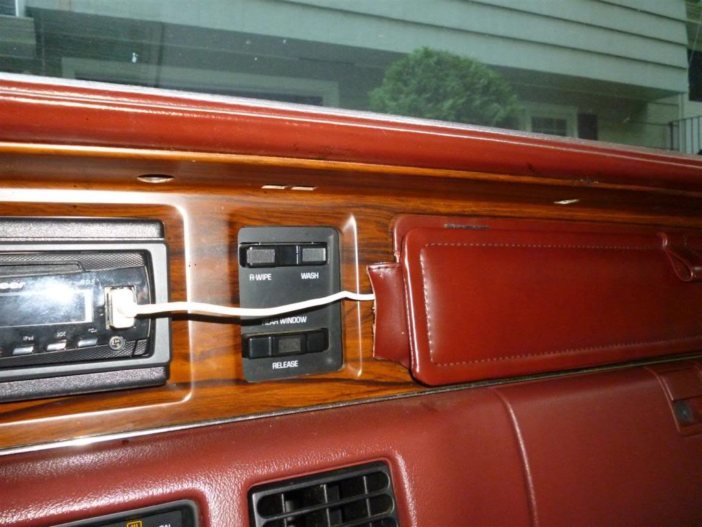 1991 Olds Custom Cruiser Pocket