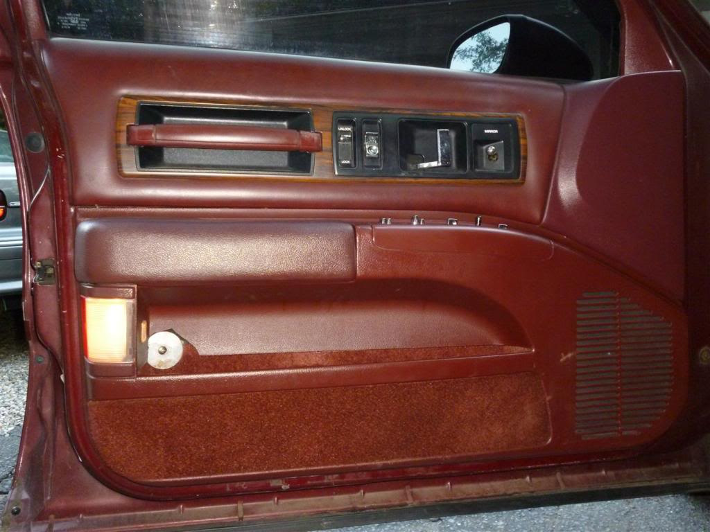 1991 Olds Custom Cruiser Psdoor