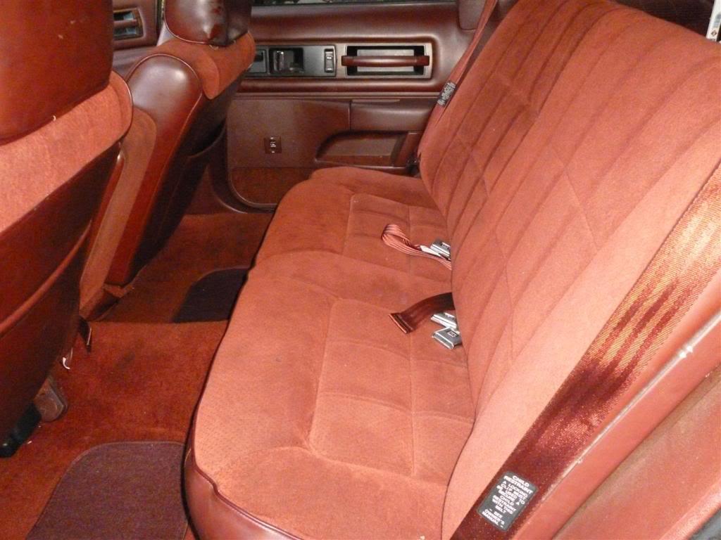 1991 Olds Custom Cruiser Rearseat