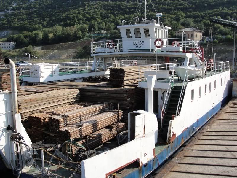 Stari i bivsi Jadrolinijini trajekti i brodovi DSC08474