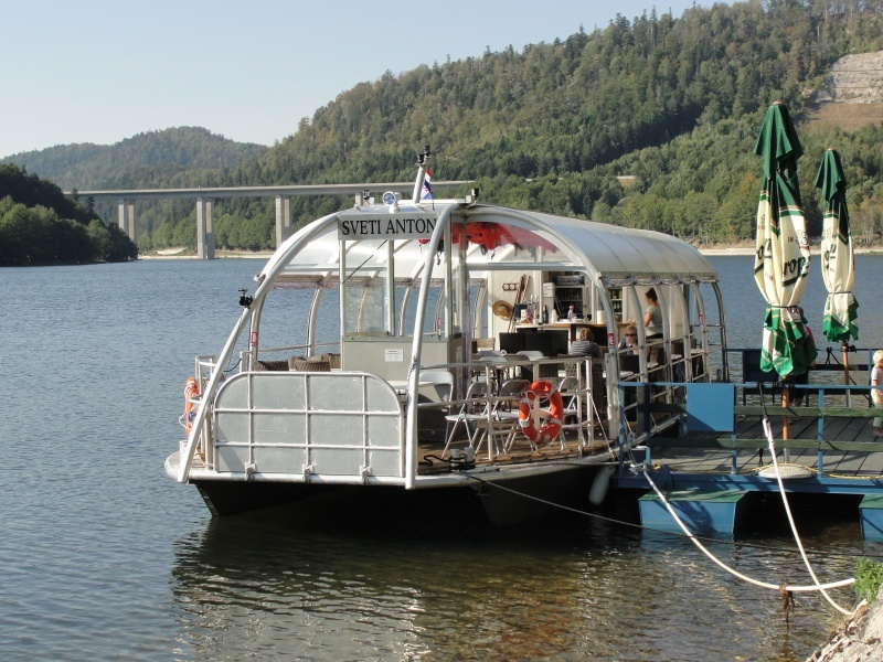 Brodić Sv. Anton na jezeru Bajer DSC06430