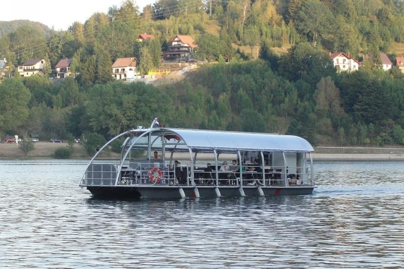 Brodić Sv. Anton na jezeru Bajer DSC06466