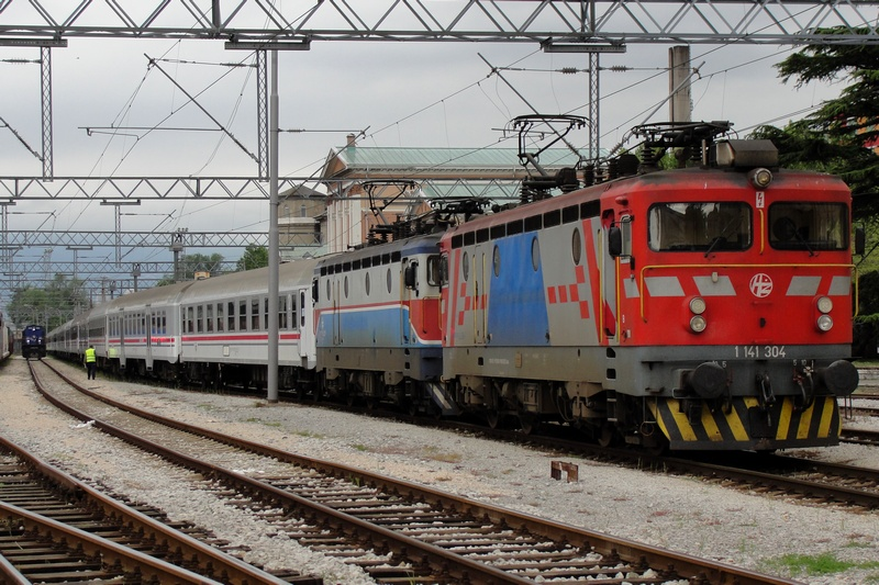 Navijački vlakovi Bijelivlak1