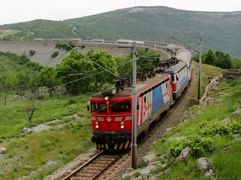 Navijački vlakovi Bijelivlak5