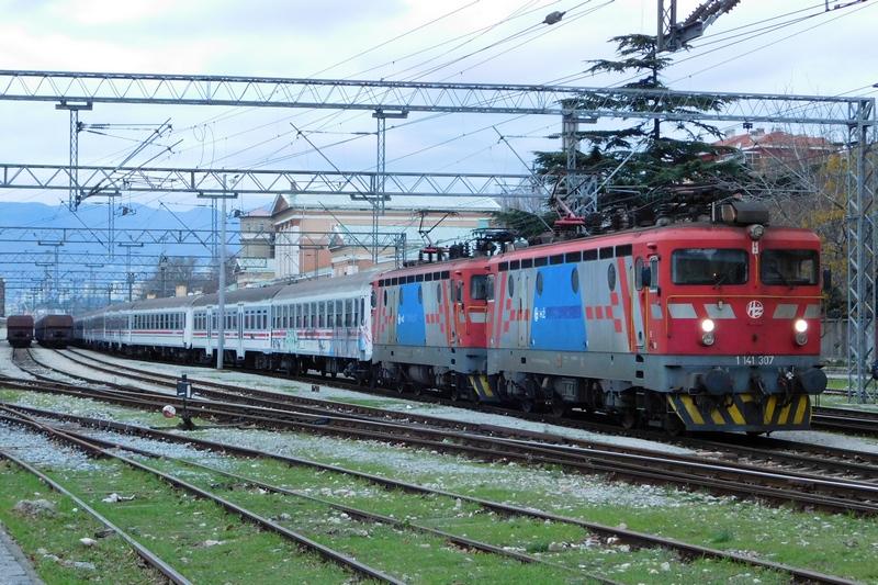 Navijački vlakovi - Page 3 DSCN1047