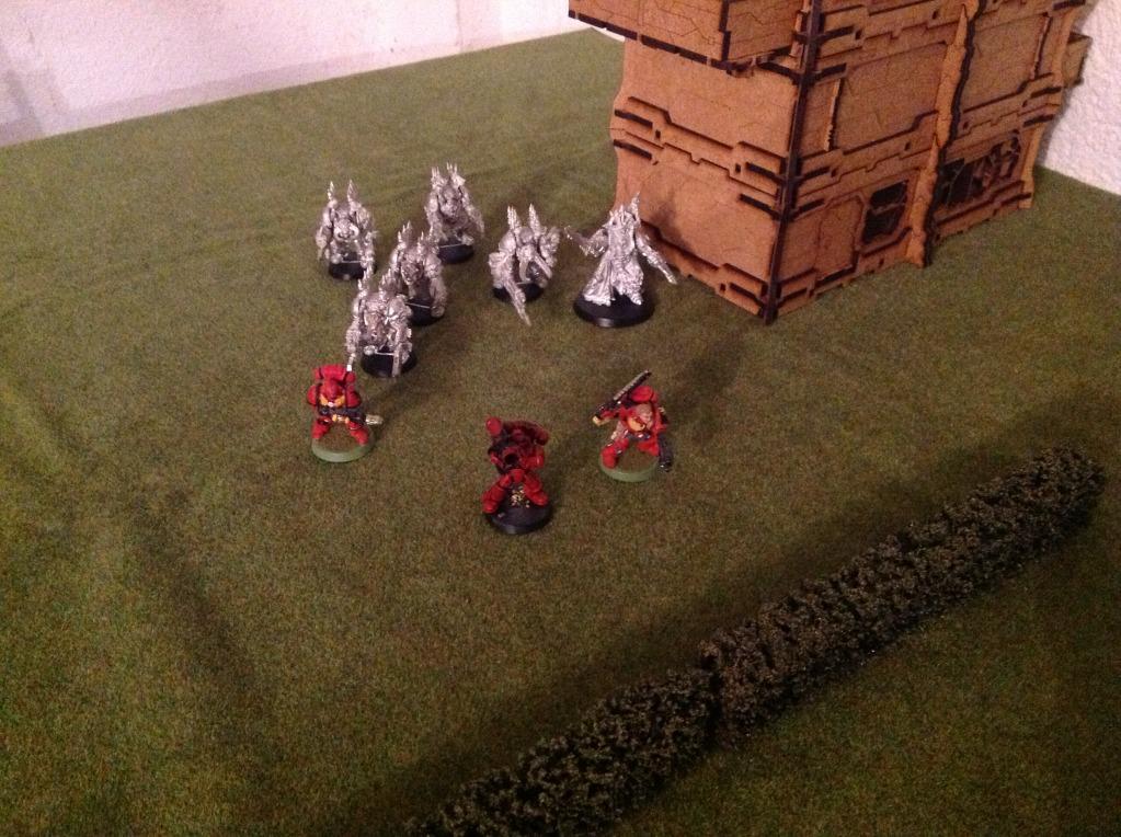 Batalla de prueba Ángeles Sangrientos vs Marines Espaciales del Caos IMG_0361