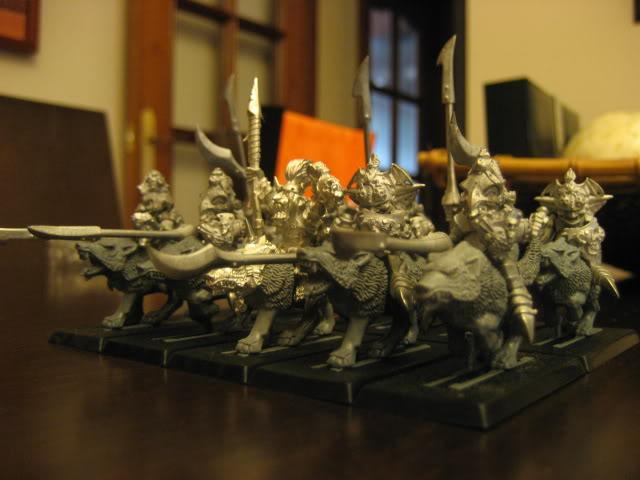 Jinetez de Lobo kon Kachoarmadura y Lanza (Goblins) IMG_5120