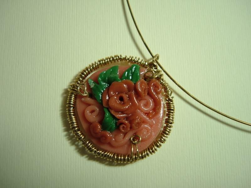collana con miniatura rose DSCF2325