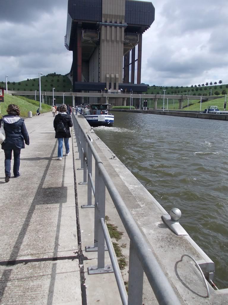 Visite du Canal du Centre historique le dimanche 17 juillet DSCN09761280x768
