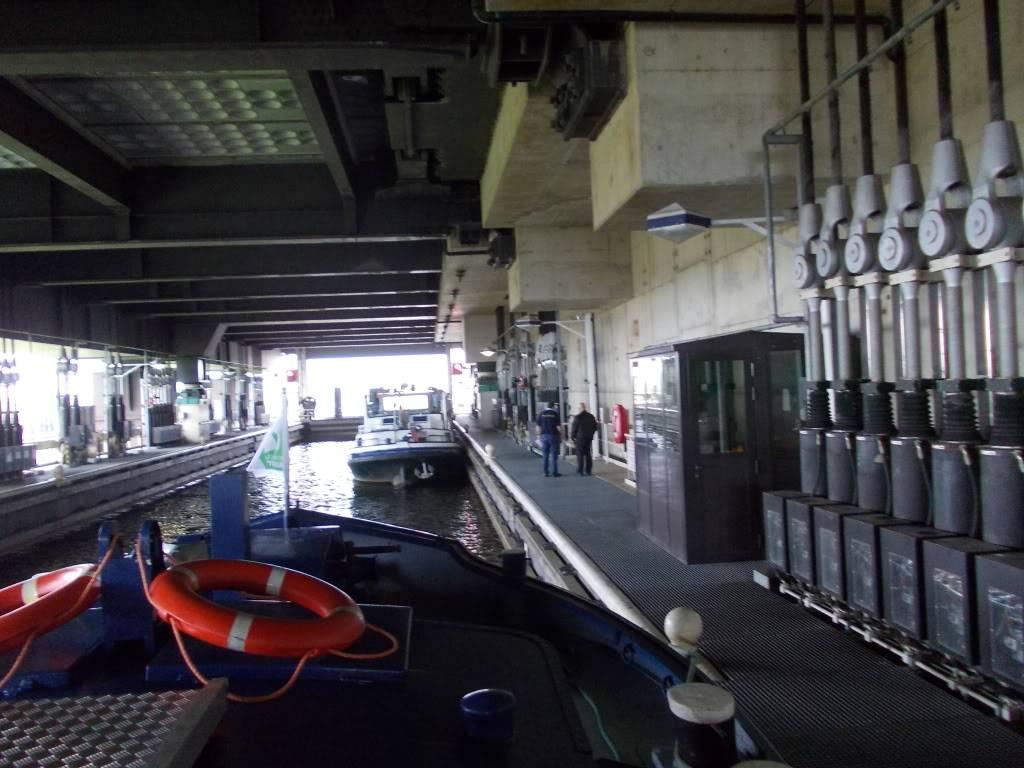 Visite du Canal du Centre historique le dimanche 17 juillet - Page 2 DSCN0996