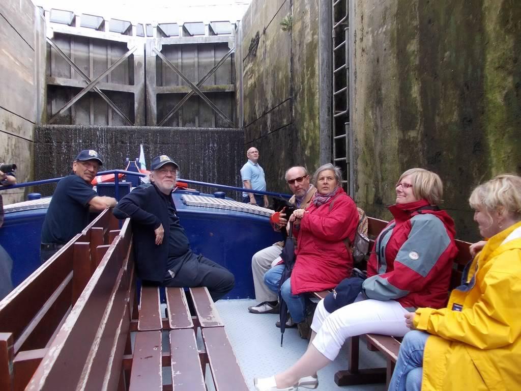 Visite du Canal du Centre historique le dimanche 17 juillet - Page 3 DSCN10181280x768