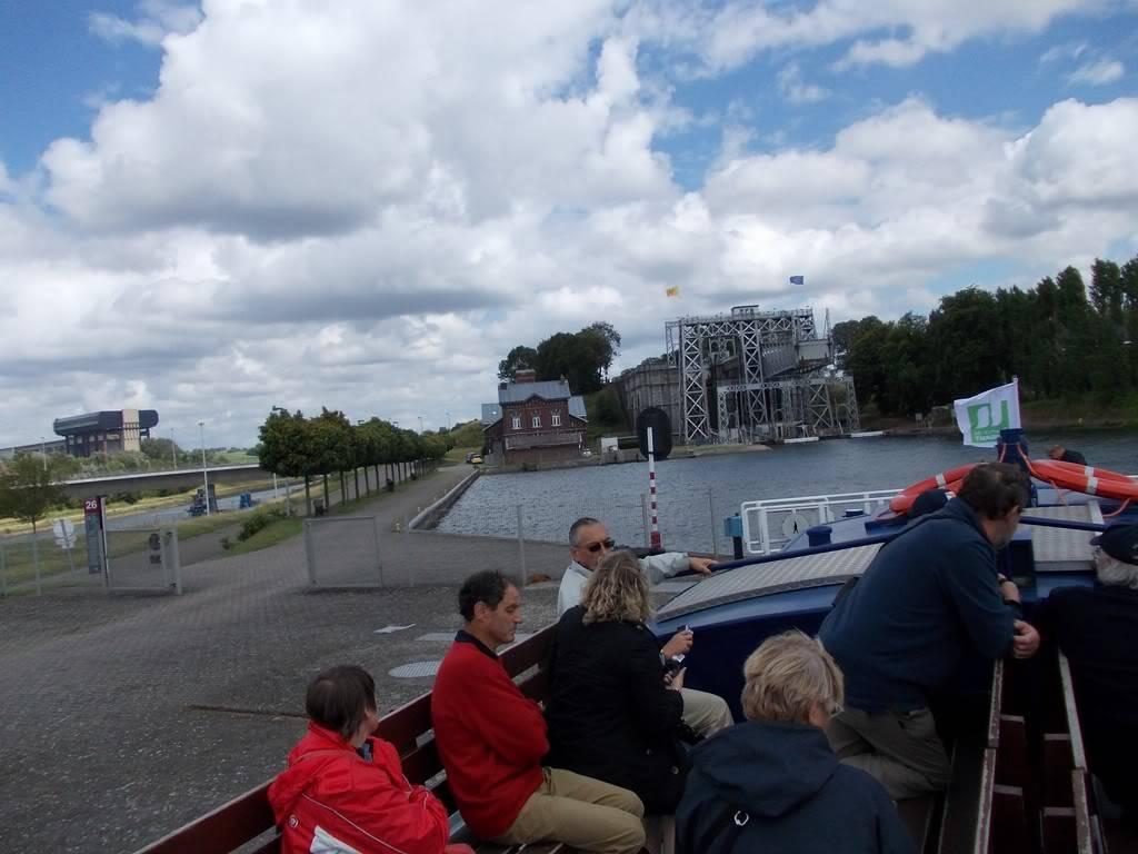 Visite du Canal du Centre historique le dimanche 17 juillet - Page 3 DSCN10251280x768