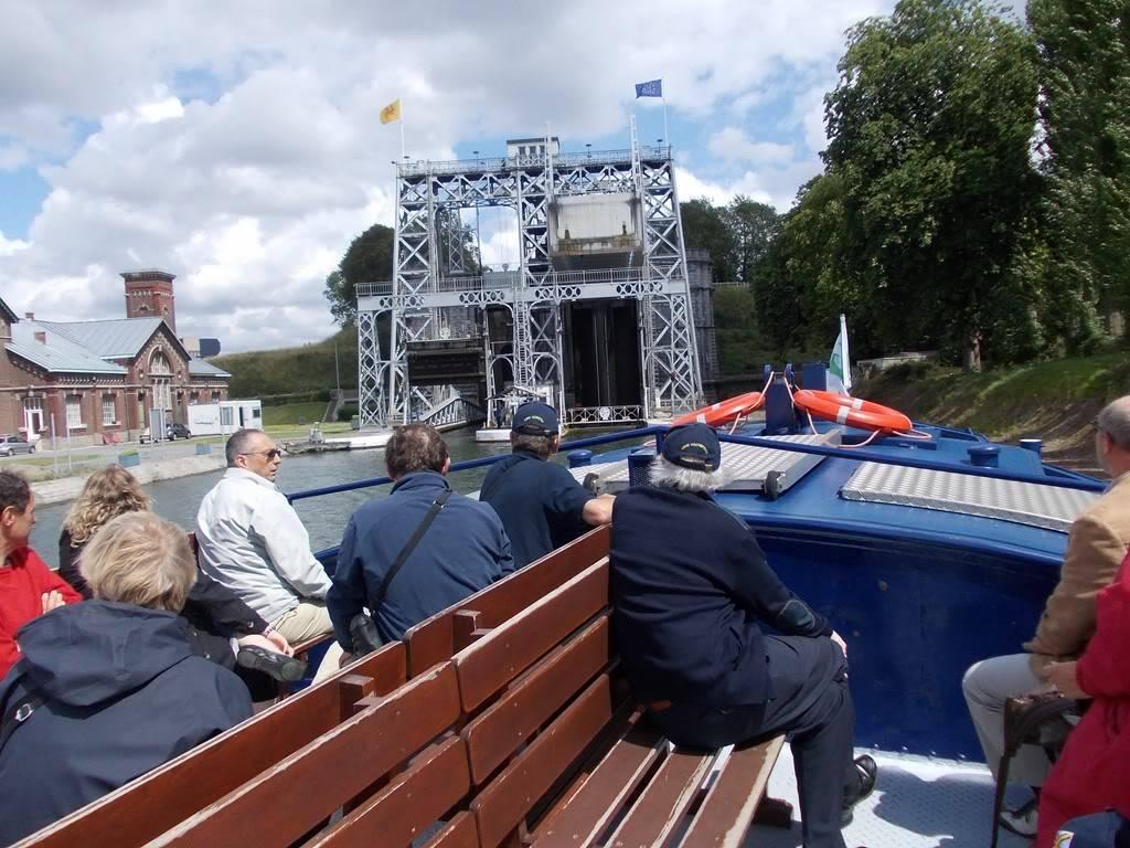 Visite du Canal du Centre historique le dimanche 17 juillet - Page 4 DSCN10291280x768