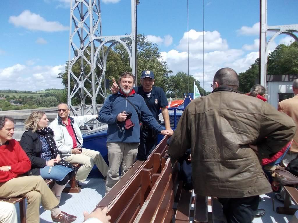 Visite du Canal du Centre historique le dimanche 17 juillet - Page 4 DSCN10361280x768