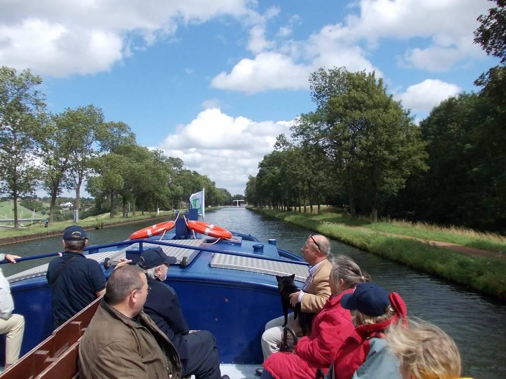 Visite du Canal du Centre historique le dimanche 17 juillet - Page 4 DSCN10381280x768